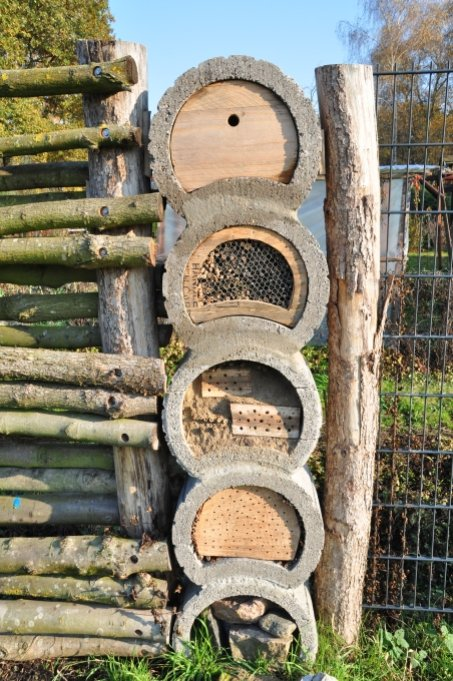 Concrete blocks can also be used sensibly - as an insect hotel - Image: NABU Bremen